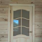 установка деревянной двери