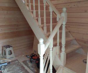 Лестница на второй этаж (Водопьяновские дачи).